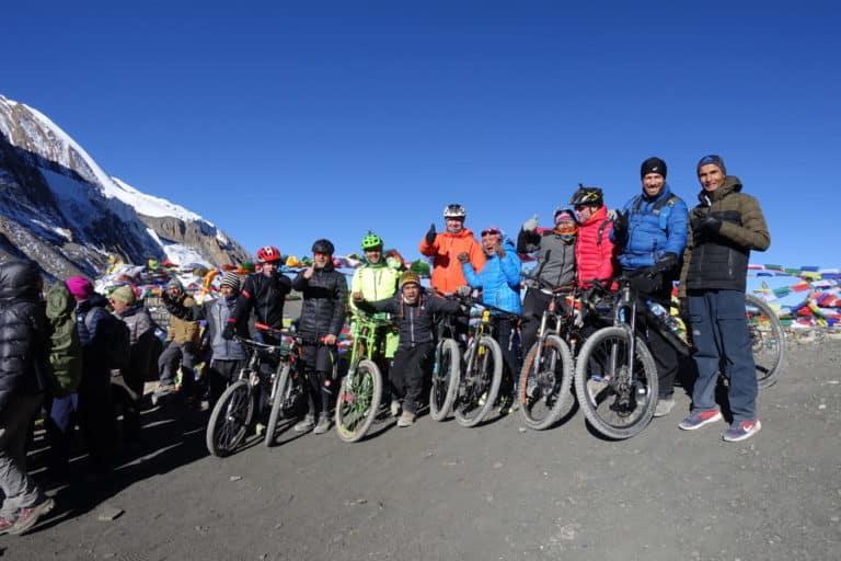 Nepal: Mit dem Mountainbike rund um die Annapurna (2018): Angekommen am Thorong La (T903)