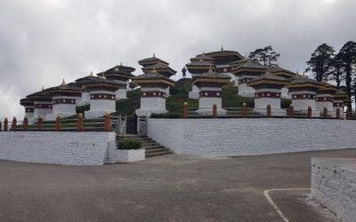 Bhutan-Reise: 108 Stupas am Dochu La