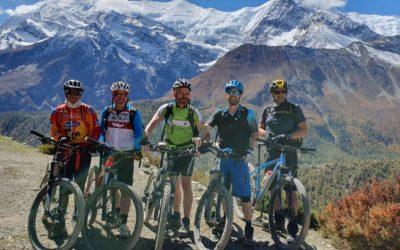 Nepal: Mit dem Mountainbike rund um die Annapurna (T903): Ein starkes Team...