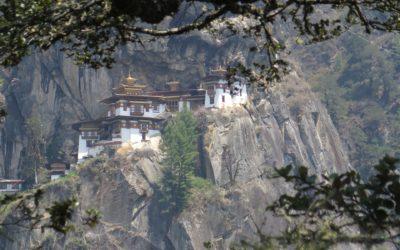 Kulturreise durch Bhutan: Das berühmte Kloster Tiger Nest nahe Paro